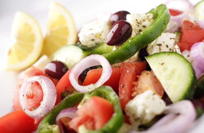 Traditionele Griekse saladeclose-up stock afbeeldingen