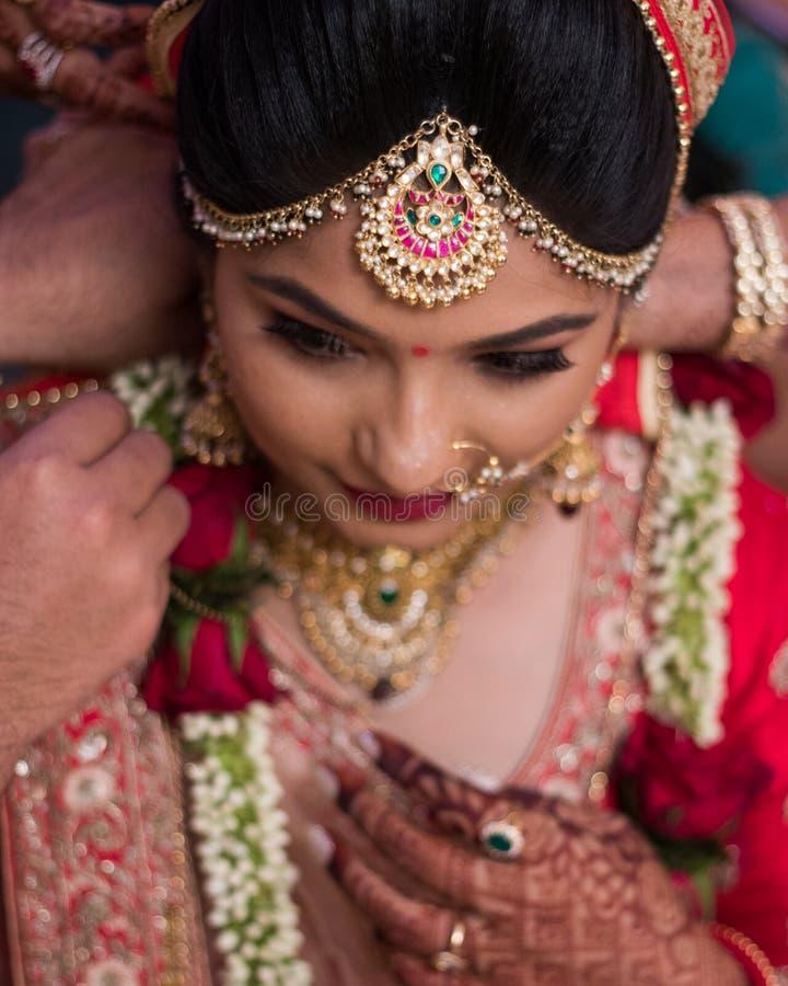 Traditionele Indische huwelijksceremonie - India, Ahmedabad royalty-vrije stock afbeeldingen