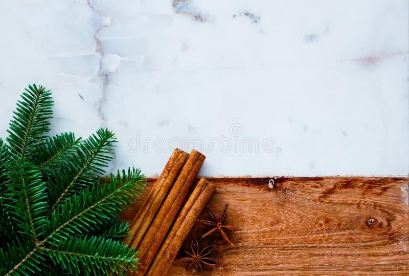 Traditionele Kerstmiskruiden stock afbeelding