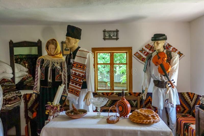 Traditionele kleren in Targu Neamt royalty-vrije stock foto