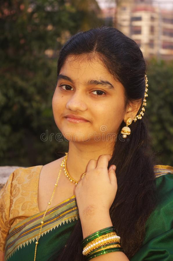 Traditionele Maharashtrian meisje-6 stock fotografie