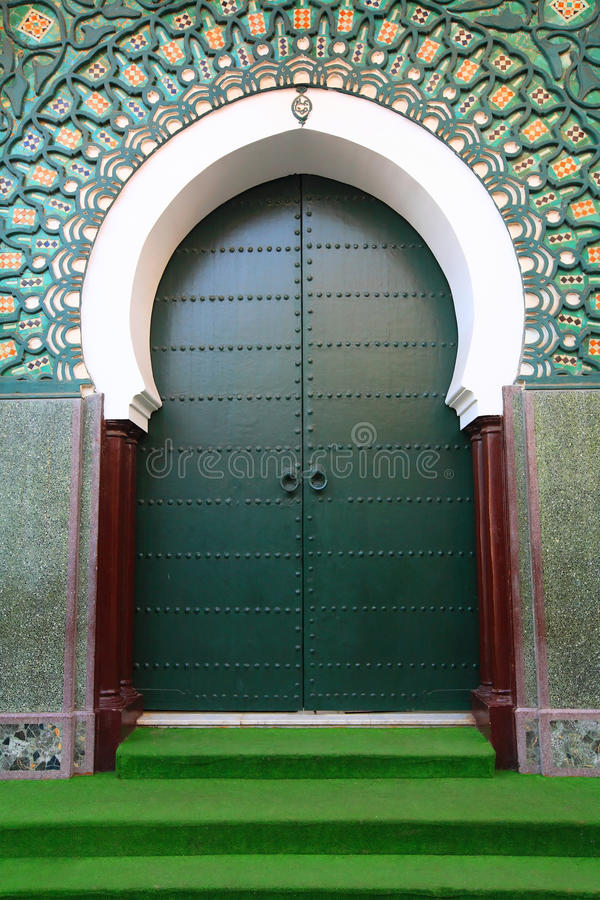Traditionele Marokkaanse poort royalty-vrije stock afbeelding