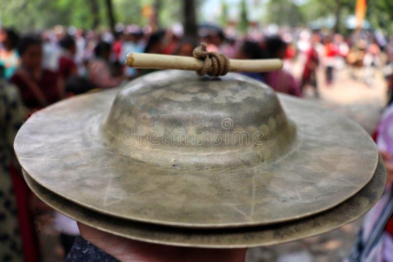 traditionele muzikale instrument & x22; jhymta& x22; van Nepalese gemeenschap stock foto's