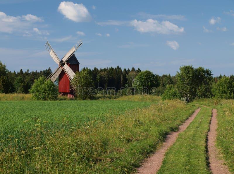 Traditionele rode windmolen royalty-vrije stock fotografie
