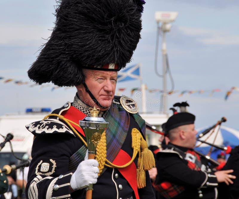 Traditionele Schotse mens bij de Spelen van Nairn Highlanf royalty-vrije stock fotografie