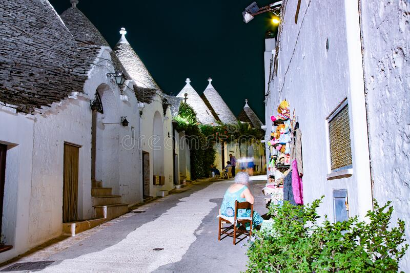 traditionele treinstations in Alberobello royalty-vrije stock fotografie