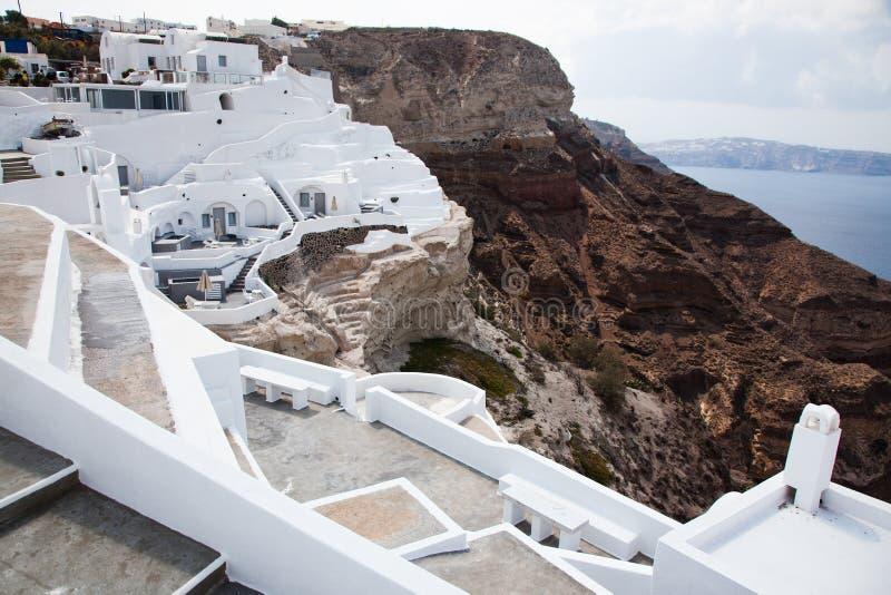 traditionele witte architectuur boven de Caldera, Egeïsche zee. Scenische reisachtergrond, Santorini stock foto's