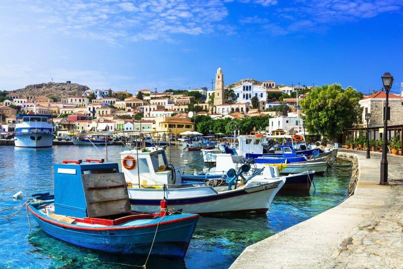 Traditionell ö av Grekland - Chalki arkivfoto
