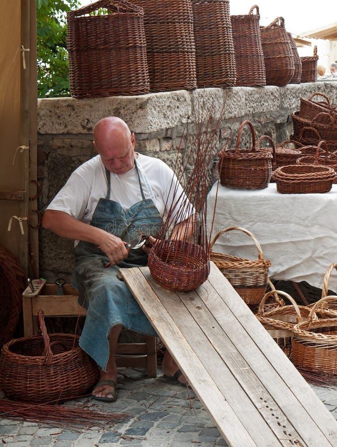 Traditionell basket-making arkivbilder