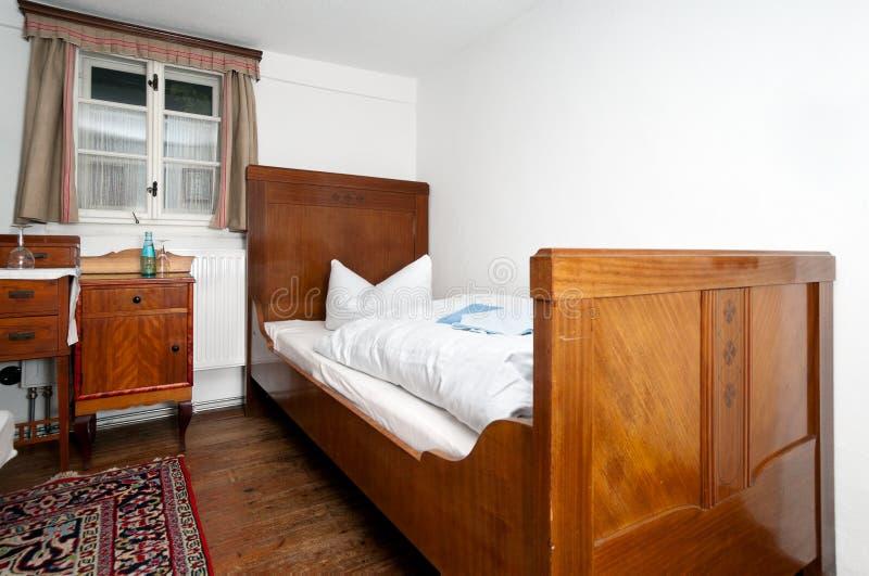 Traditionell europeisk sova lokal royaltyfri fotografi
