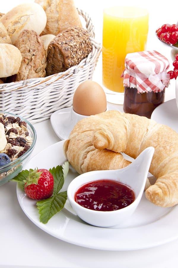Traditionell fransk frukostgiffel   arkivfoton