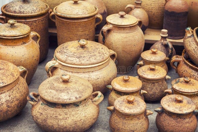 Traditionell handgjord krukmakeri royaltyfri foto