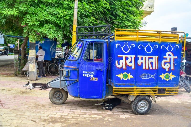 Traditionell indisk auto Rickshaw arkivbild