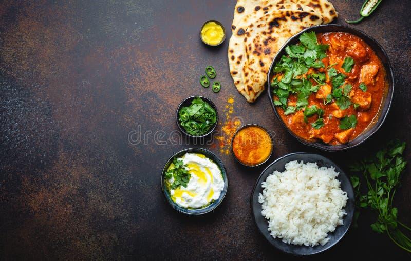 Traditionell indisk maträtthönaTikka masala arkivfoto