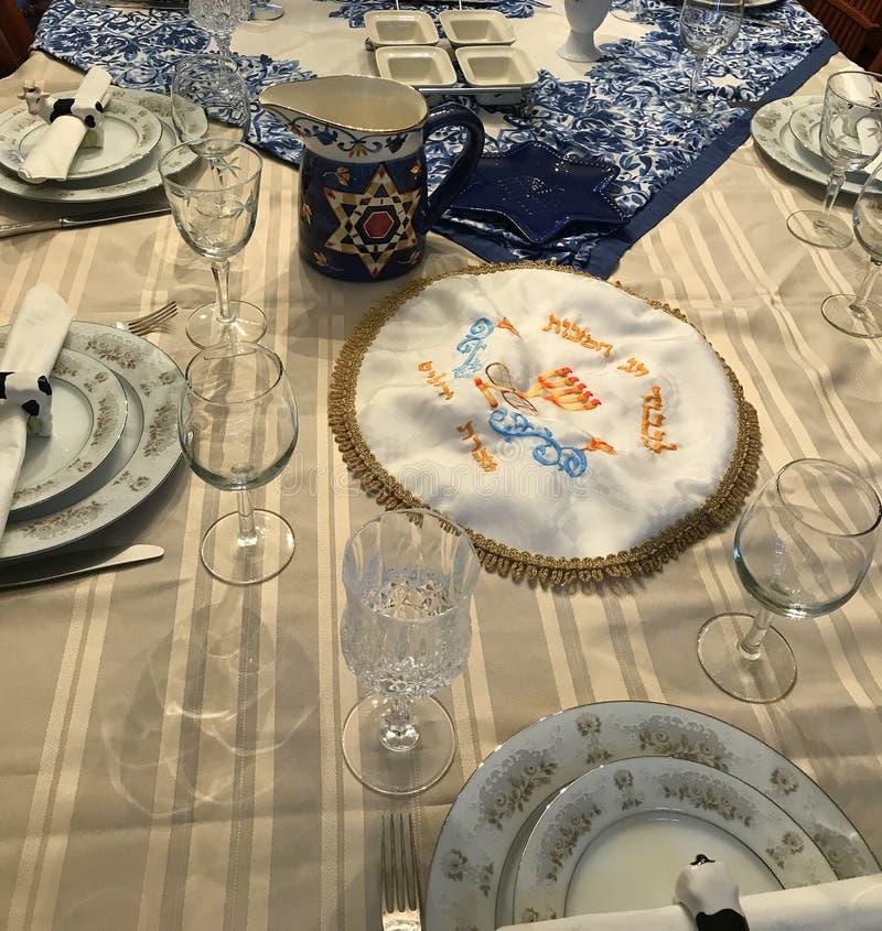 Traditionell judisk inställning för påskhögtidmatställetabell fotografering för bildbyråer