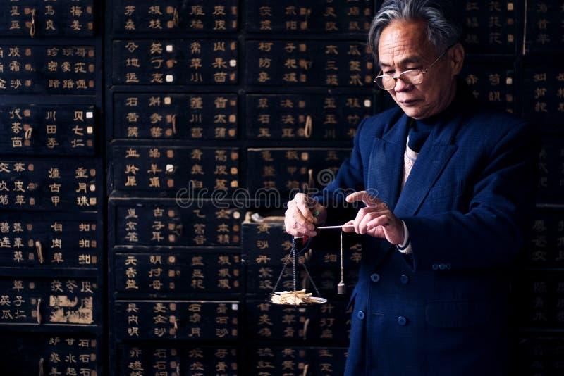 traditionell kinesisk medicin royaltyfria foton