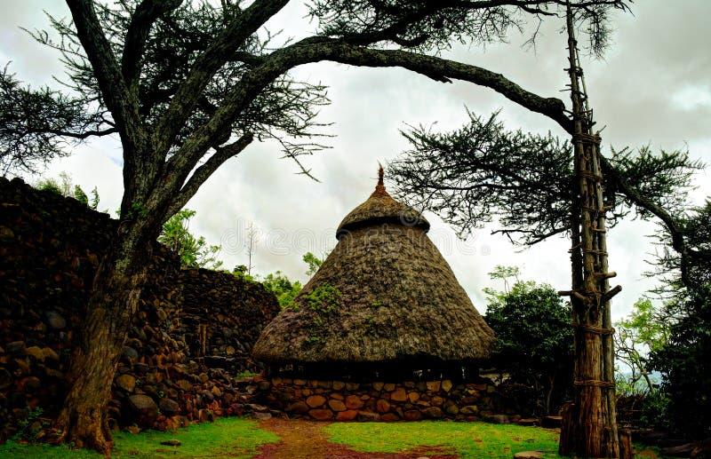 Traditionell Konso stamby, karat Konso, Etiopien arkivfoto