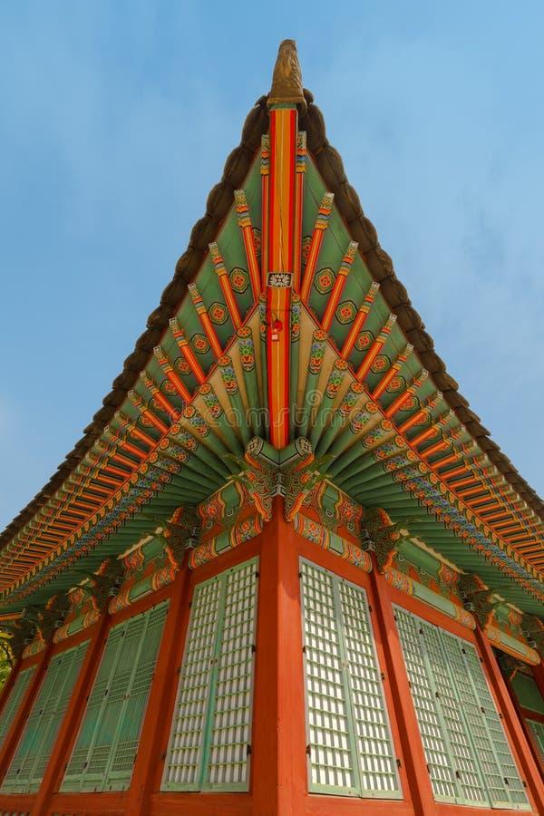 Traditionell koreansk dekor av byhuset royaltyfria bilder