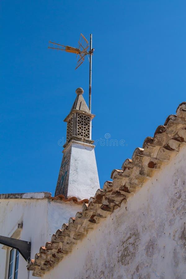 Traditionell lampglas, Armacao de Pera, Algarve, Portugal arkivfoto
