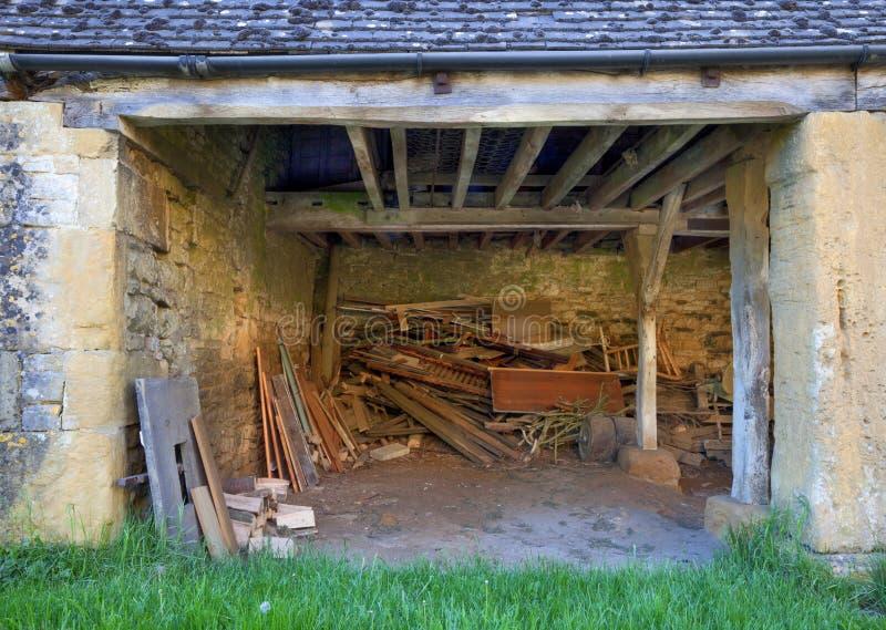 Traditionell lantgårdbyggnad royaltyfri fotografi