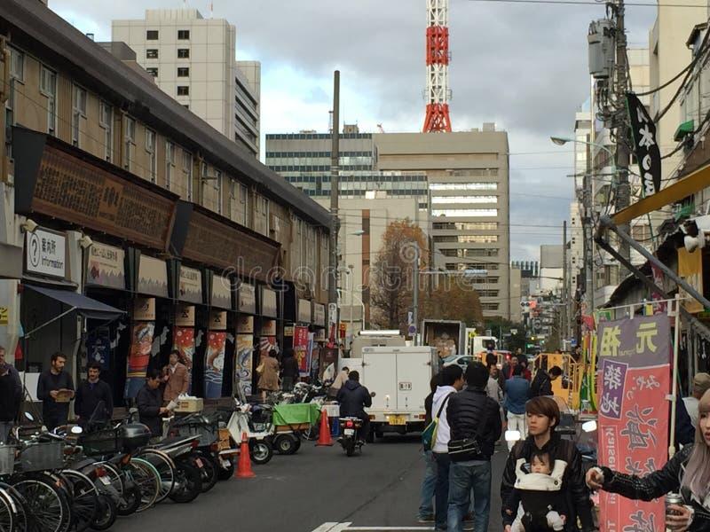 Traditionell matmarknad i Tokyo arkivfoto