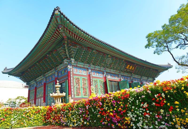 Traditionell och modern arkitektur, Sydkorea royaltyfri bild