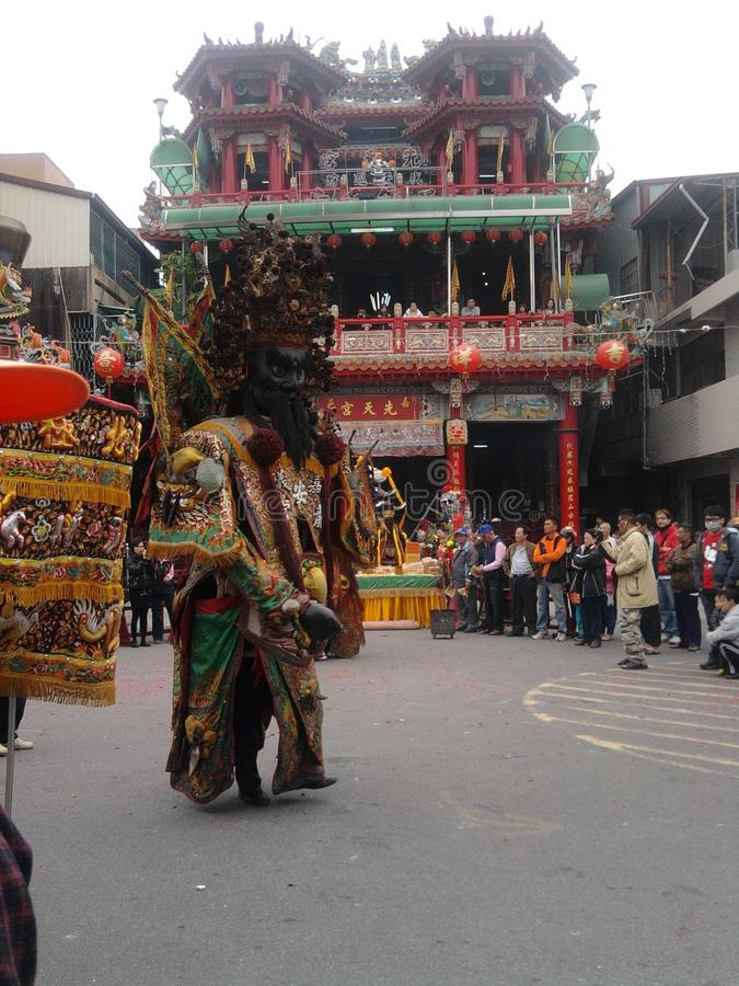 Traditionell tempelmässa runt om händelsen - guden av Taiwan (Sheng Jian) royaltyfri fotografi