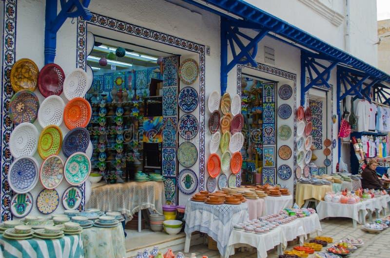 Traditionell tunisian marknad Medina i Nabeul arkivbilder