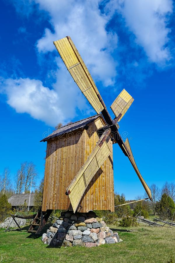 traditionell windmill arkivfoto