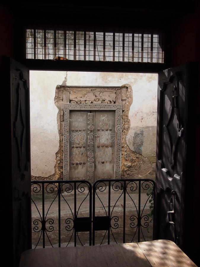 Traditionell zanzibar dörr royaltyfria bilder