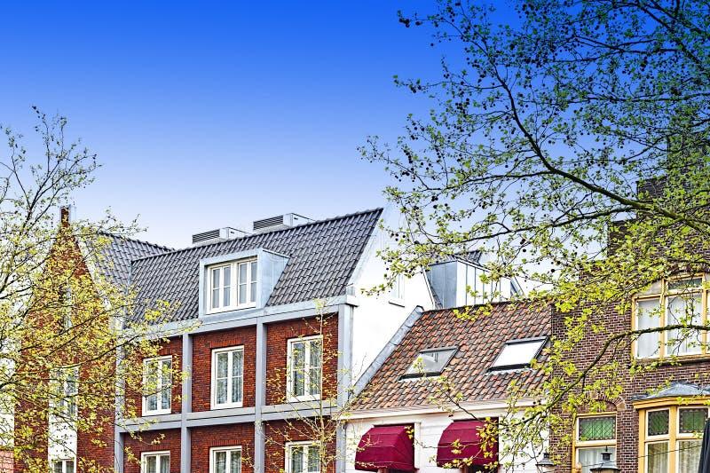 Traditionella byggnader i staden av Amersfoort royaltyfria foton