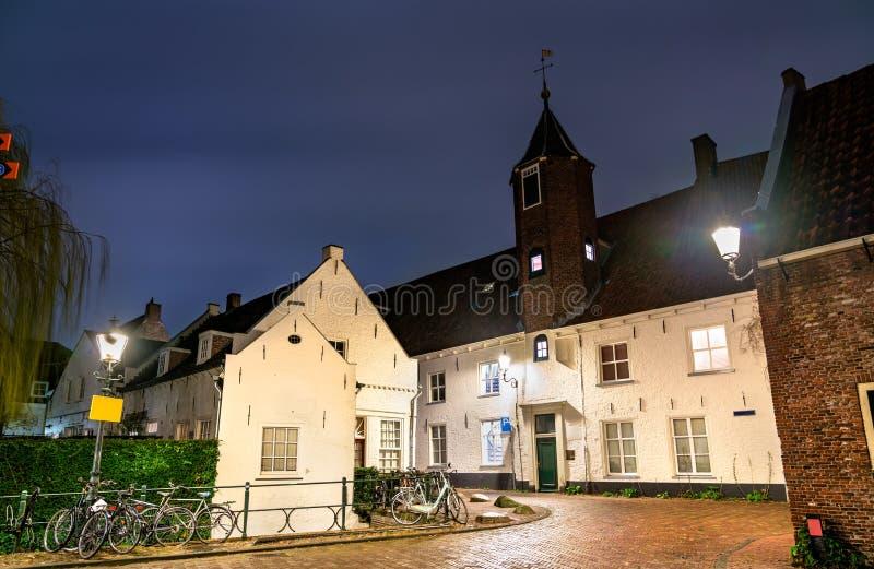 Traditionella holländska hus i Amersfoort, Nederländerna arkivbild