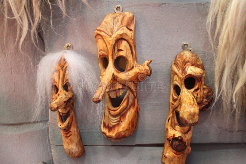 Traditionella romanianmaskeringar royaltyfri fotografi