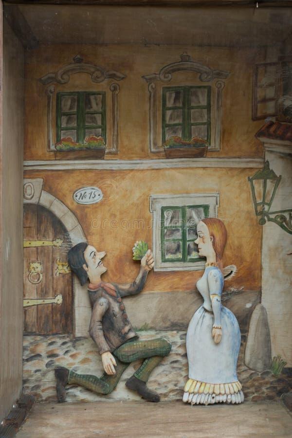 Traditionella souvenir i Prague, pärlleksaker, plattor fotografering för bildbyråer