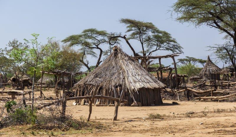 Traditionella tsemay hus Omo dal ethiopia royaltyfri fotografi