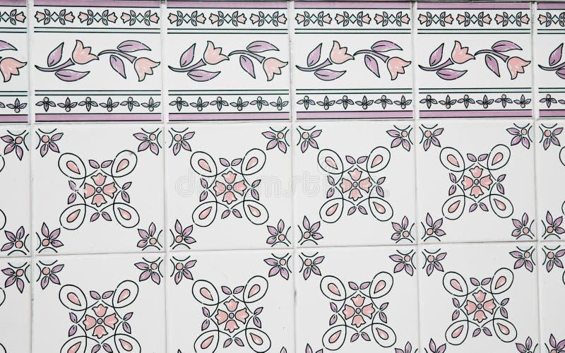 Traditionella utsmyckade portugisiska dekorativa tegelplattor royaltyfri illustrationer
