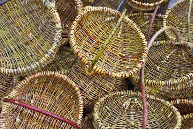 Traditionella virvlade korgar arkivfoto