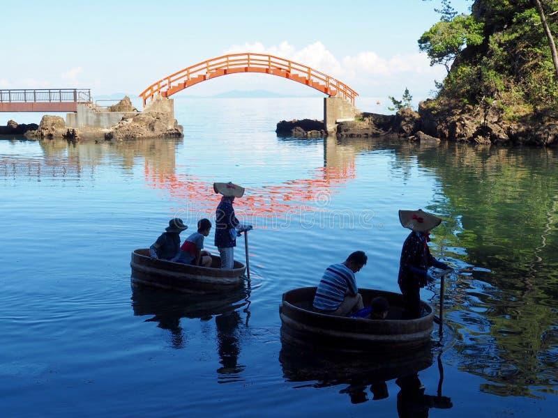 Traditionella Washbin fartyg Taraibune royaltyfri foto
