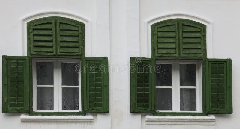 Traditionelle Fenster lizenzfreie stockfotos