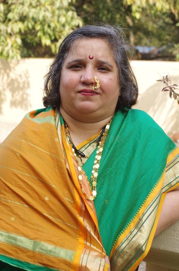 Traditionelle Frau auf Inder village-4 stockfotos