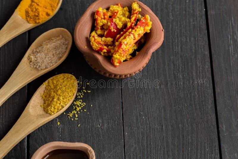 Traditionelle Gujarati-Essiggurke - stockfotografie