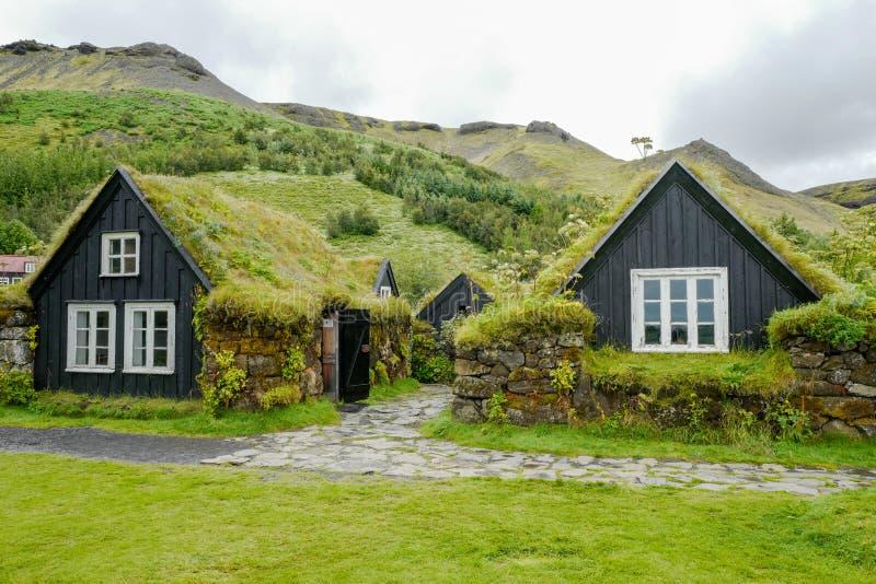 Traditionelle Häuser in Island lizenzfreies stockbild