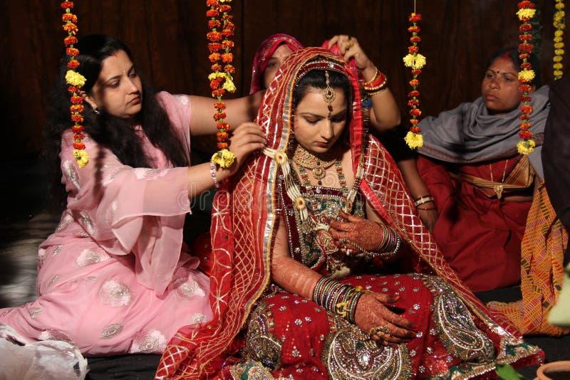 Traditionelle hindische indische Hochzeit stockfoto
