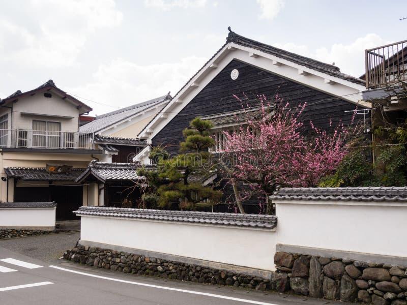 Japanische Häuser traditionelle japanische häuser in uchiko redaktionelles