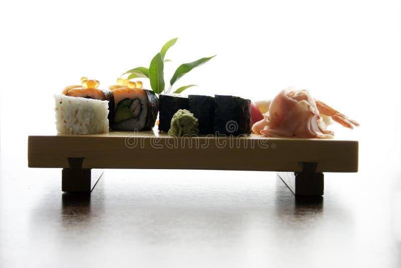 Traditionelle japanische Nahrung der Sushi stockfoto