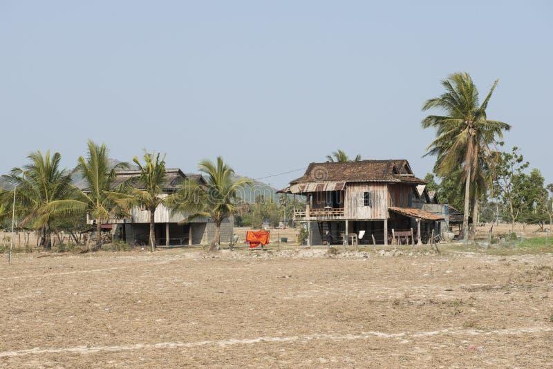 Traditionelle kambodschanische hölzerne Häuser Kampot, Kambodscha stockfotos