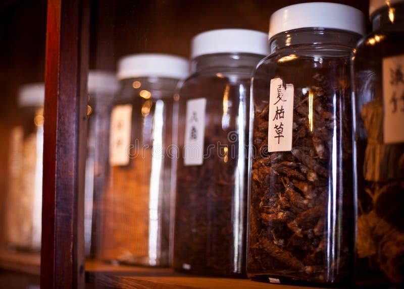 Traditionelle Kräuter der chinesischen Medizin lizenzfreies stockfoto