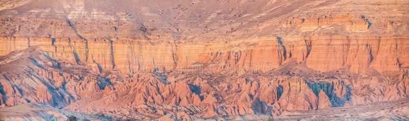 Traditionelle Landschaft von Cappadocia, die Mittel-Türkei lizenzfreie stockbilder