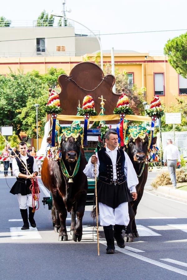 Traditionelle Lastwagen der sardinischen Folklore stockfoto