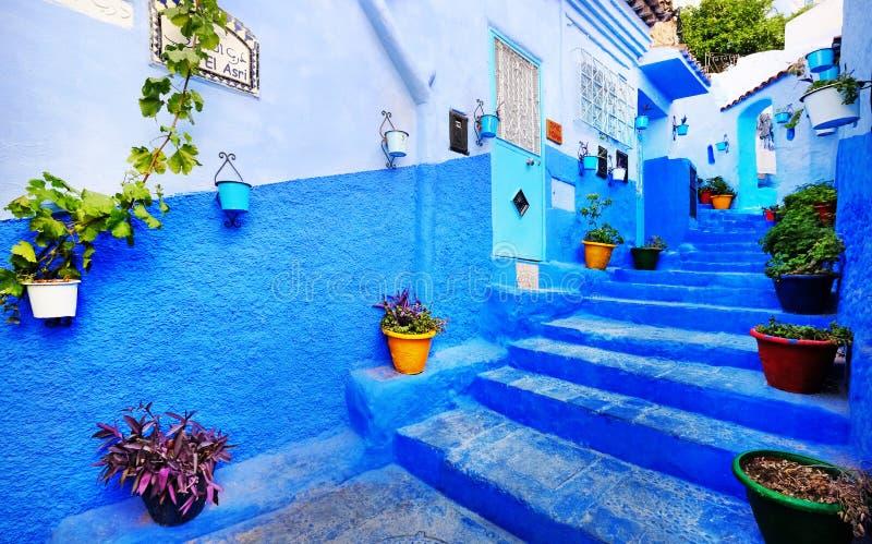 Traditionelle marokkanische Architekturdetails in Chefchaouen, Marokko, Afrika stockbild
